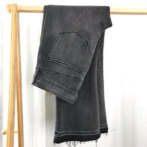 New GAP Crop Flare High Rise Jeans Frayed Hem
